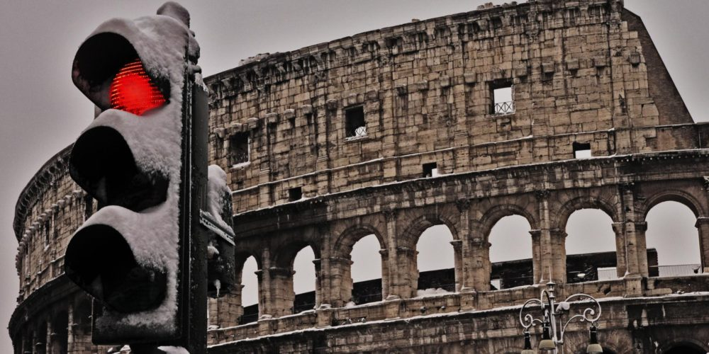 ALT!!! Colosseo innevato by (Waiting for) Godot vía Flickr