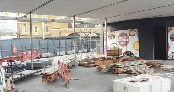 Simone Belli - Obras de Granary Square en Octubre 2013 2