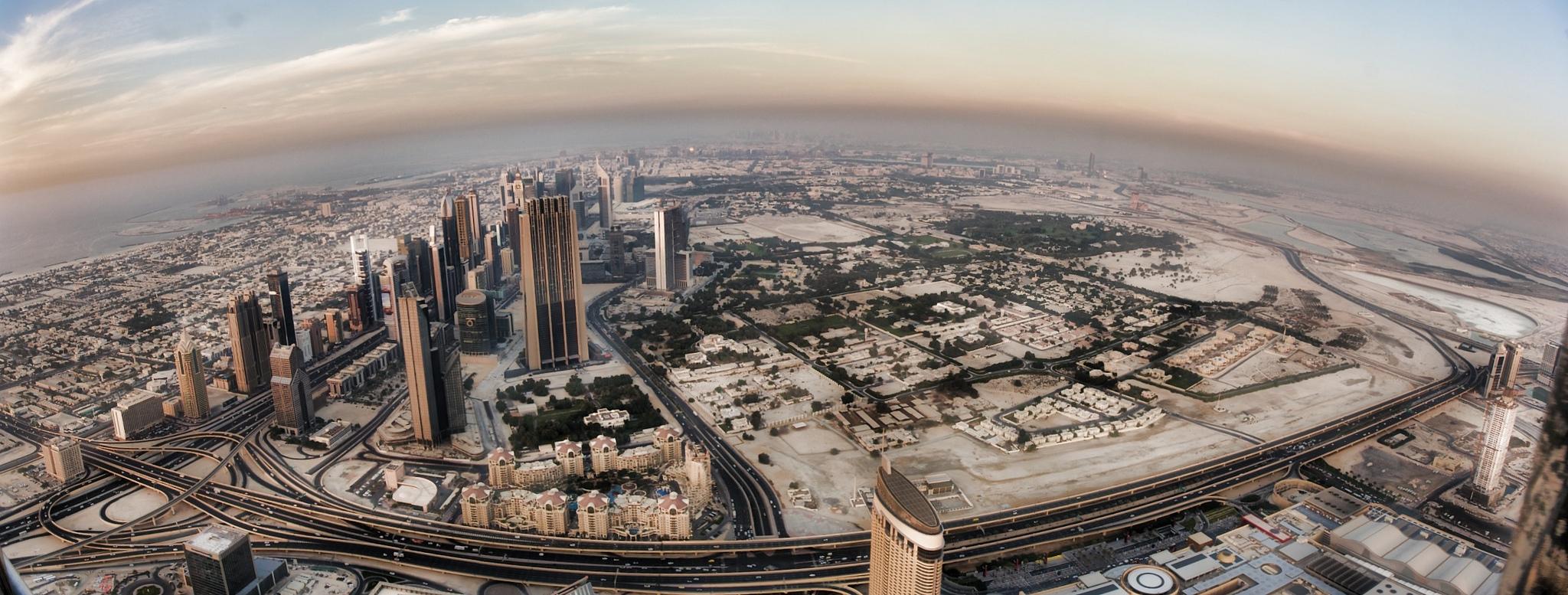 Panorma de Dubai desde el Burj Khalifa by Michael Thels in Flickr