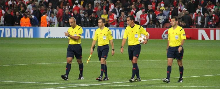 Iniciación al Arbitraje de Futbol y Futbol Sala