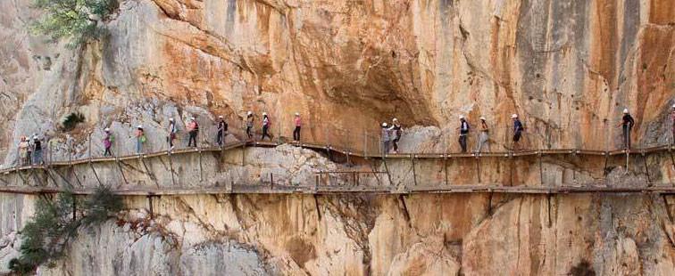 Combinada Cueva de Nerja-CAMINITO DEL REY 4